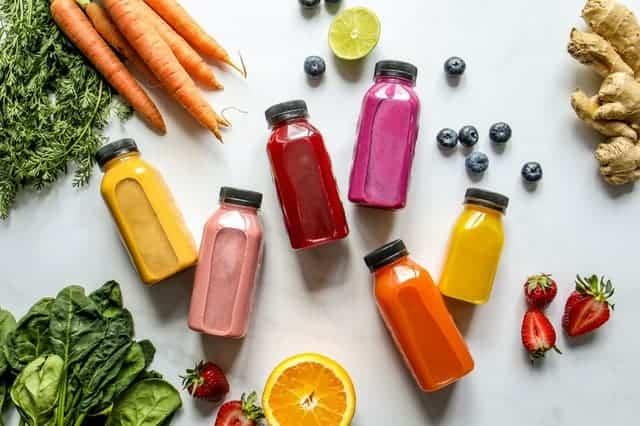 瓶装蔬菜、水果和果汁