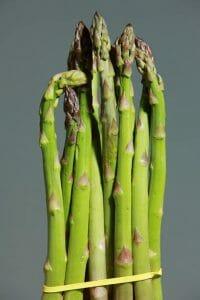 green asparagus 1331460 640 200x300 1