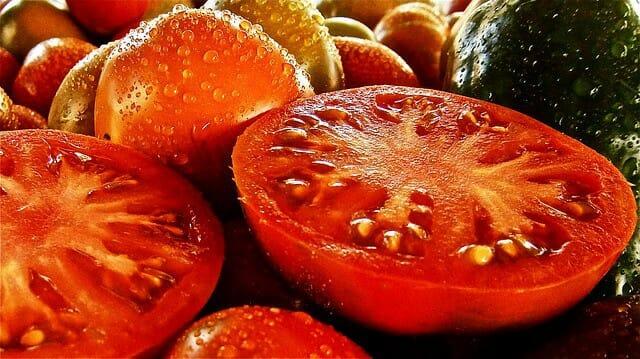 多汁的西红柿