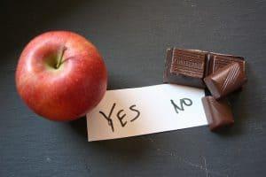 苹果和巧克力方块