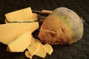 切碎的黑萝卜菜