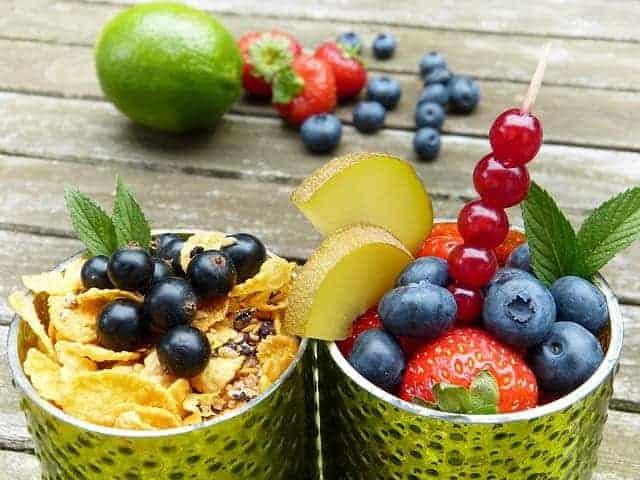 fruits 2546119 640
