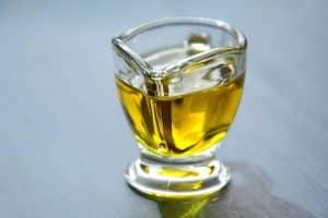 olive oil 3326715 640 300x200 1