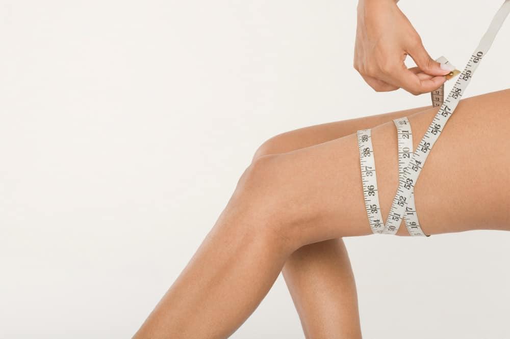 女人量大腿围