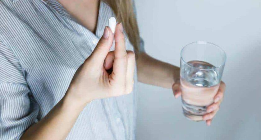 drink girl glass 576831