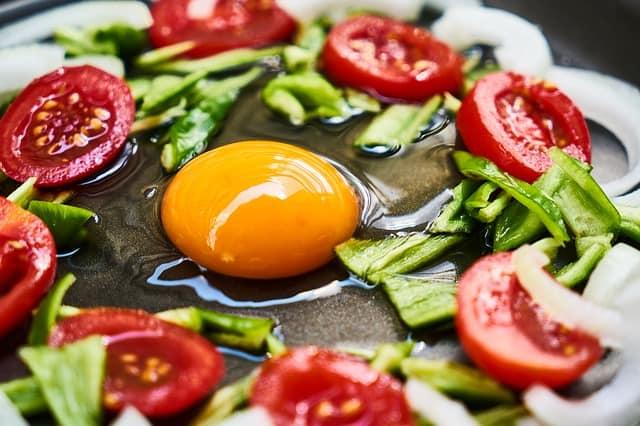 健康饮食,鸡蛋和蔬菜