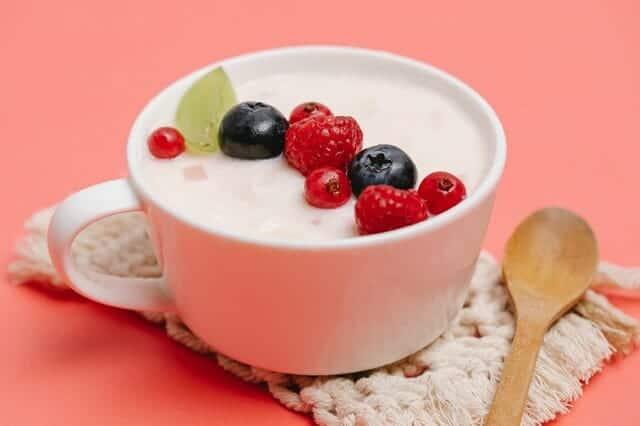 酸奶加水果杯